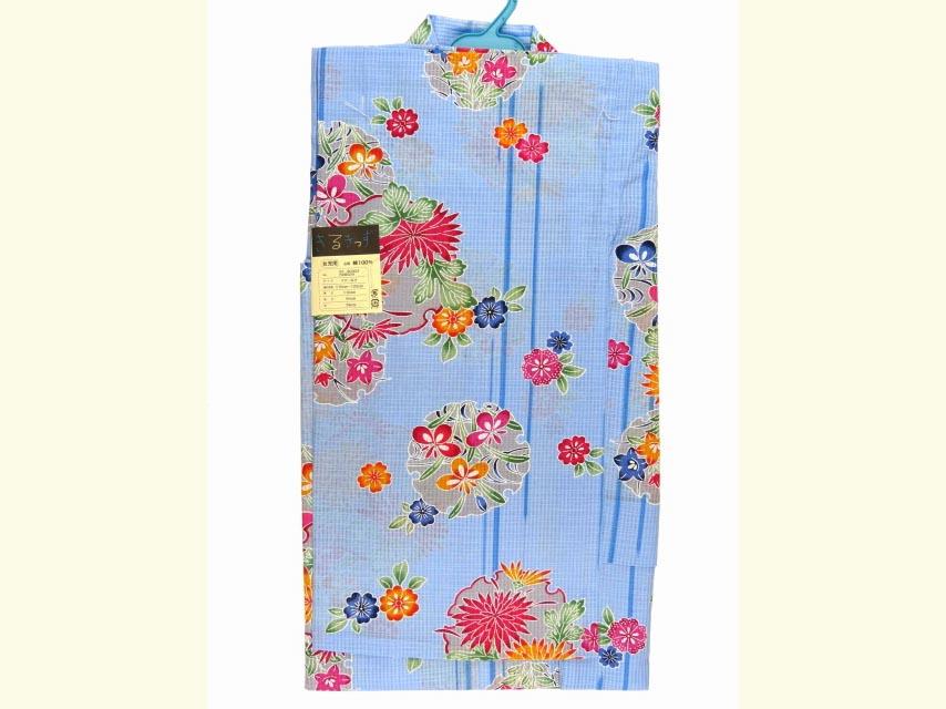 画像2: 子供浴衣 琉球紅型風浴衣(女の子用)110サイズ【水色、菊と雪輪】