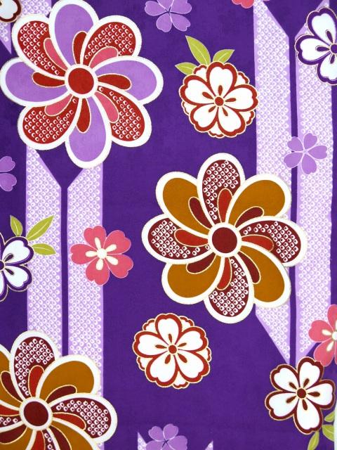 画像3: 卒業式 袴セット 古典柄の小振袖(二尺袖の着物)【紫、矢羽根と花】と無地袴「明るいエンジ」