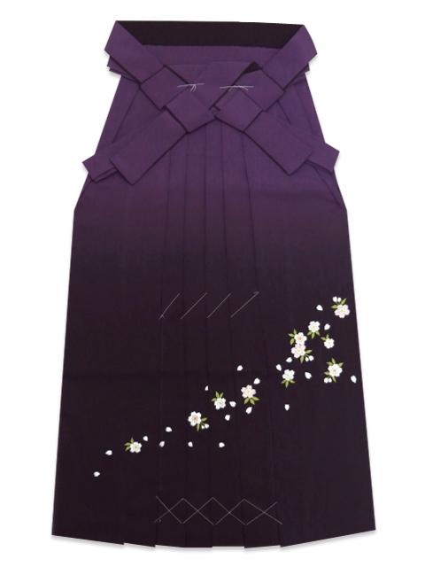 画像5: 卒業式 袴セット 古典柄の小振袖(二尺袖の着物)【紫、矢羽根と花】と刺繍ぼかし袴「紫系」