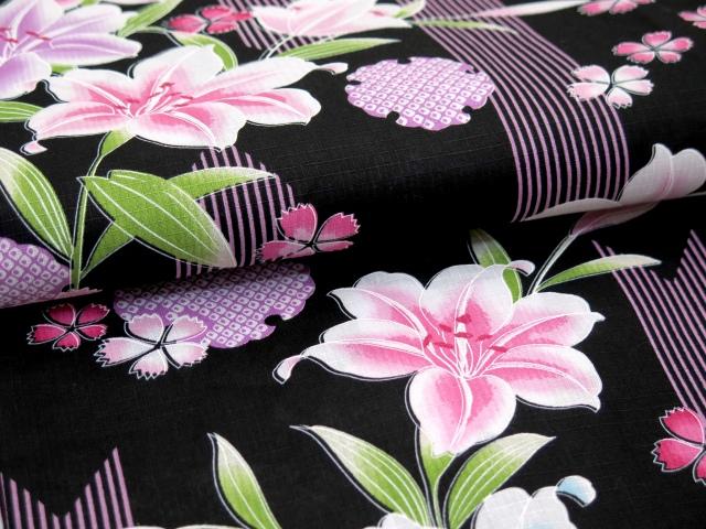 画像4: 子供浴衣 女の子 変り織り浴衣(110サイズ)【黒地、百合と雪輪】