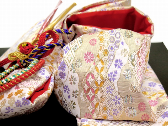 画像4: 七五三 3歳女の子用 金襴 結び帯&箱せこペアセット(小寸)【白系】