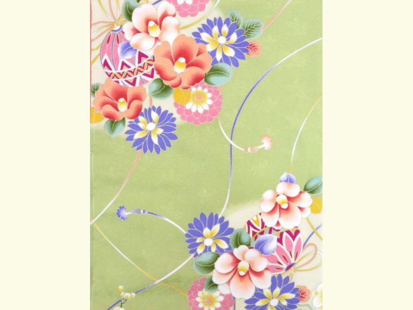 """画像3: """"RK(リョウコキクチ)"""" 洗える着物 単衣・小紋 フリーサイズ【薄抹茶、花と鞠】"""