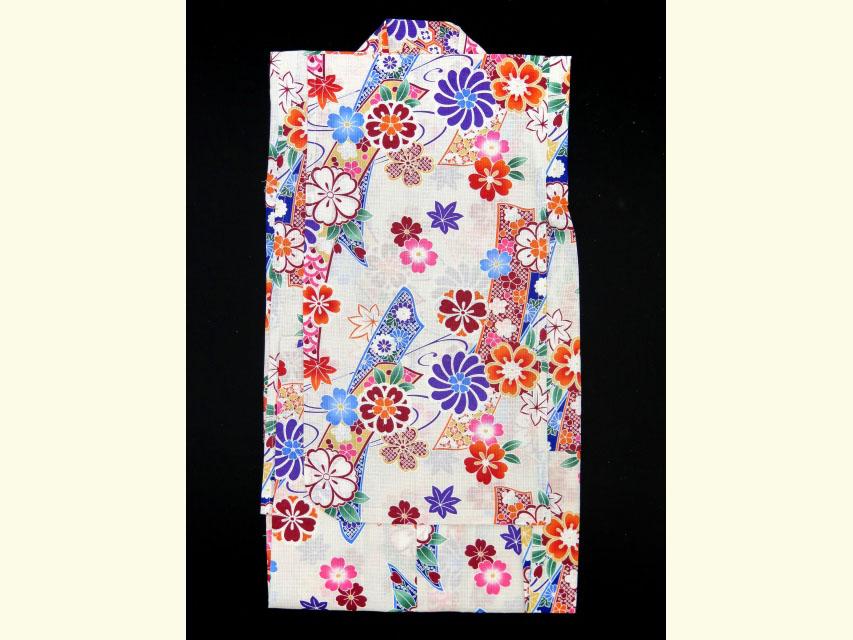 画像2: 子供浴衣  女の子 古典柄のこども浴衣 110サイズ【生成り、古典桜】