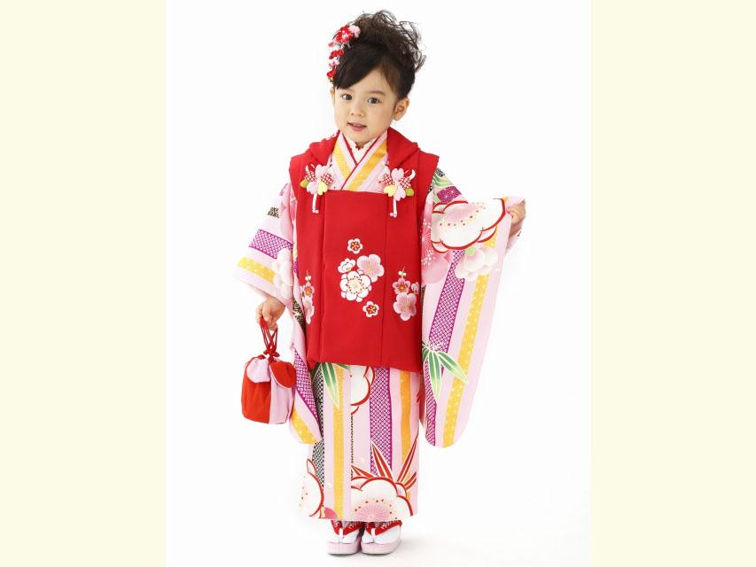 画像2: 2017年新作 和がまま ブランドの七五三 3歳 女の子用 着物セット 被布コートセット(合繊)【ピンク系×赤 梅】
