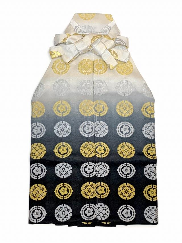 画像3: 七五三 5歳 男の子用 金襴袴【白銀&黒ぼかし、紋】と小物の7点セット
