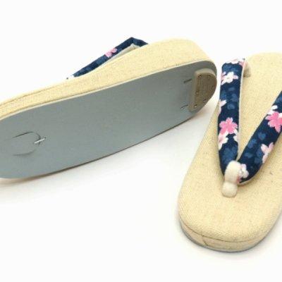 画像3: 夏草履 涼しげな麻混の草履 フリーサイズ レディース草履【紺、桜】