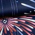 画像4: ジュニア浴衣  レトロ 古典柄 女の子 150cm 大人っぽい粋な柄のこども浴衣【紺地、花火】 (4)