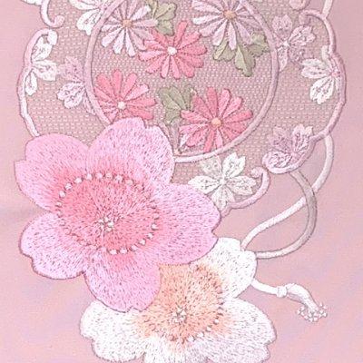 画像3: 半衿 振袖に 華やかな刺繍入りの半襟 合繊 日本製 変わり色【ピンク、桜】