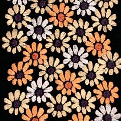 画像3: 【アウトレット 美品】京都室町st★半衿 華やかな刺繍入りの半襟 絹交織 変わり色【黒地、菊】