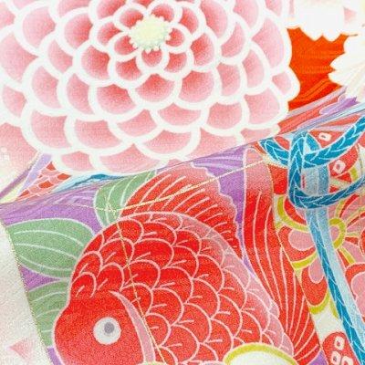 画像5: 九重(ここのえ) ブランド お宮参り 女の子 着物 初着 産着 お祝い着(合繊) 日本製 襦袢付き【朱赤系、桜に貝桶】