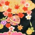 画像3: 七五三 着物 7歳女の子 日本製 絵羽柄の子ども着物フルセット(正絹)【黒地、雲に鈴・梅】