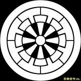 [貼り付け家紋(家紋シール)]丸に源氏車