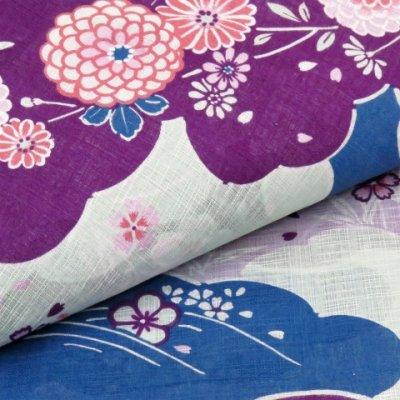 画像4: ≪夏物セール!≫ 女性用 綿麻浴衣 フリーサイズ【青系 菊と桜に雲】