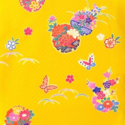 画像2: <七五三セール!> 3歳 女の子 総柄の子供着物 合繊 単品【黄色 牡丹に雪輪】