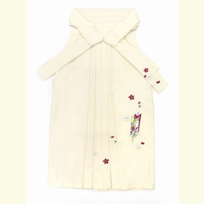 画像2: 卒園式 入学式 七五三 に 7歳女の子用 刺繍入り袴 単品【オフホワイト】 紐下丈70cm(120サイズ)