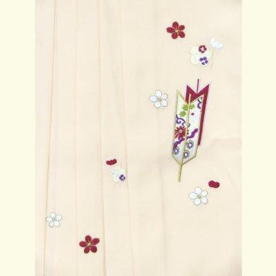 画像3: 卒園式 入学式 七五三 に 7歳女の子用 刺繍入り袴 単品【オフホワイト】 紐下丈70cm(120サイズ)