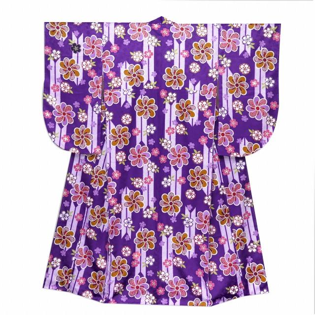 画像2: 卒業式 袴セット 古典柄の小振袖(二尺袖の着物)【紫、矢羽根と花】と無地袴「ローズ」