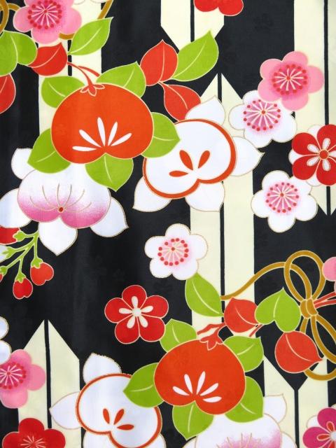 画像4: 小学生 卒業式 袴セット ジュニア女子用振袖と袴セット(合繊)【黒地、矢羽と橘】