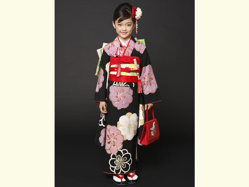 """画像2: 七五三 着物 ブランド""""紅一点"""" 正絹の子供着物フルセット【黒地 古典桜】"""