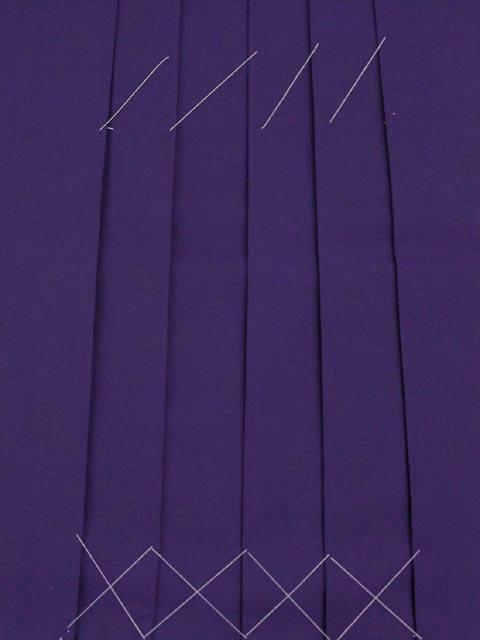 画像4: 卒業式の袴セット シンプルな色無地(上質縮緬)の着物【牡丹色】と無地袴【紫】のセット
