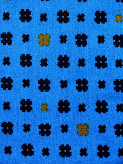画像3: 子供浴衣 国産 平織の男の子用浴衣 120サイズ【青、井桁×】