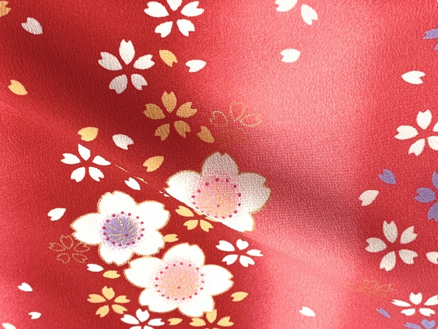 画像3: 七五三 着物 3歳 女の子 総柄の子供着物(合繊) 単品【赤ぼかし 桜】 ※襦袢付き