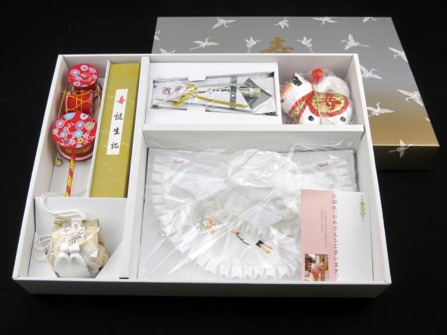 画像3: お宮参りの着物に 国産 フード・涎掛け(正絹)【男の子用】7点セット