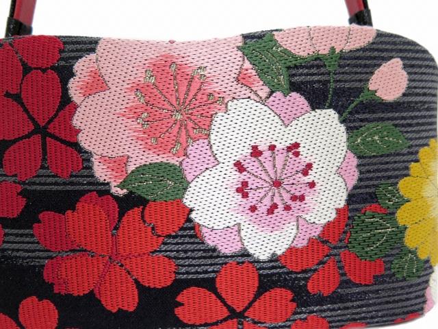 画像3: 振袖用草履バッグセット 岩佐ブランド 西陣織帯生地使用【黒&赤、桜】