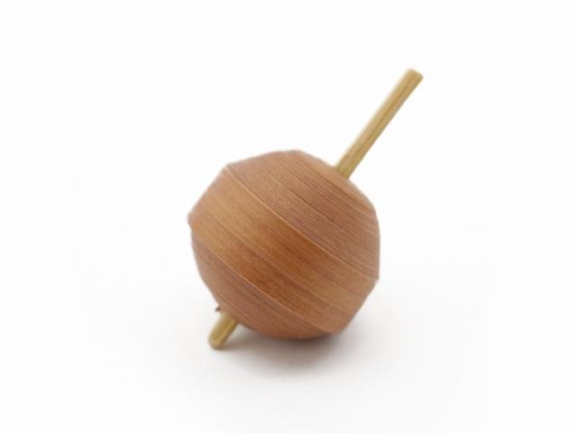 画像2: 京独楽(こま) 京都の伝統工芸品 京野菜コマ【やまのいも】